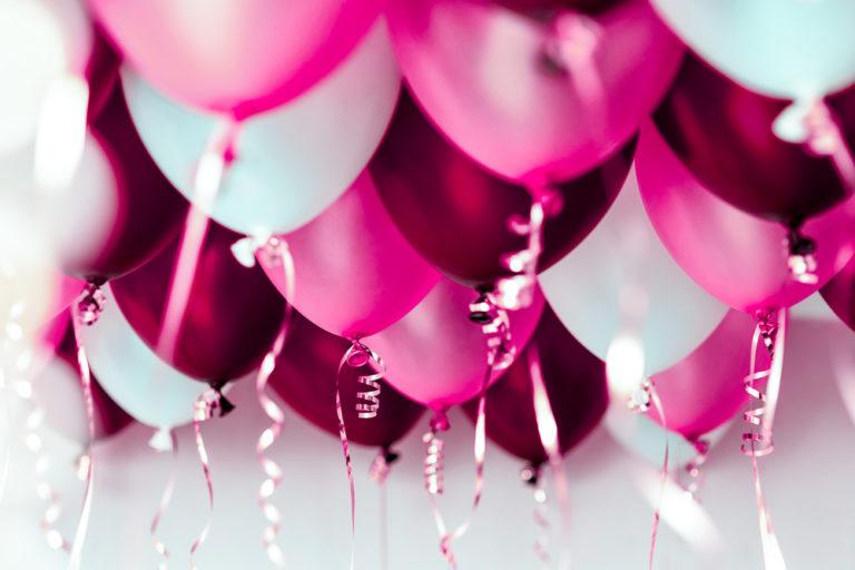 Привітати в прозі улюблену — своїми словами з днем народження